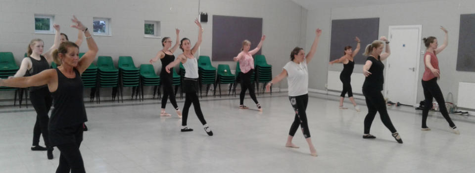 Ballet classes for adults and silver swans (over 50's) in gloucestershire
